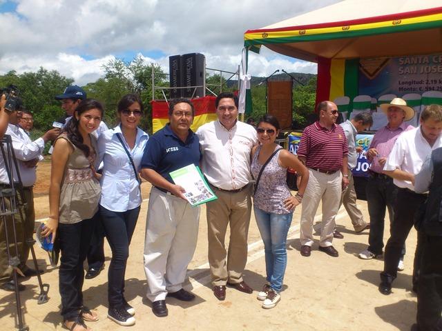 ICEES, pasantes y Alcalde de San Jose